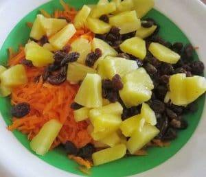 Carrot-Salad-Ingredient-Mixed-with-Carrot-Raisins-and-Pineapple