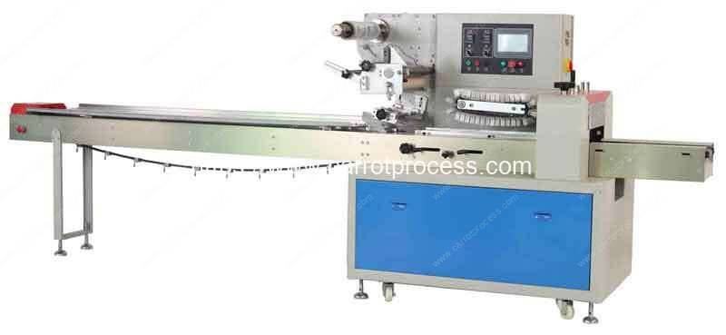 Automatic-Pillow-Type-Carrot-Wrapping-Packing-Machine