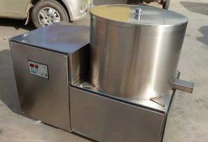 Batch-Type-De-Oiling-Machine-or-De-Watering-Machine-for-Carrot-Fries