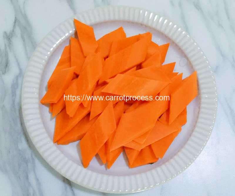 Automatic-Carrot-Rhombus-Shape-Cutting-Machine